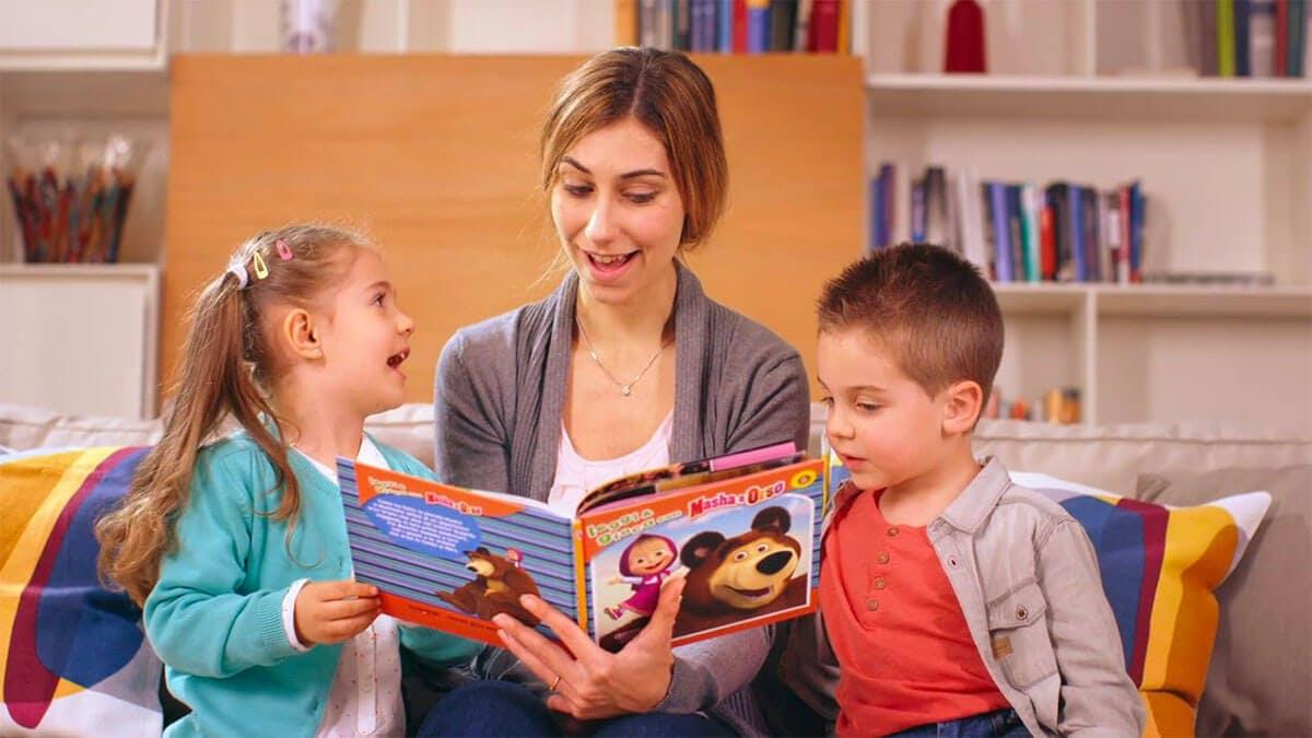 family-reading-time-good-for-kids