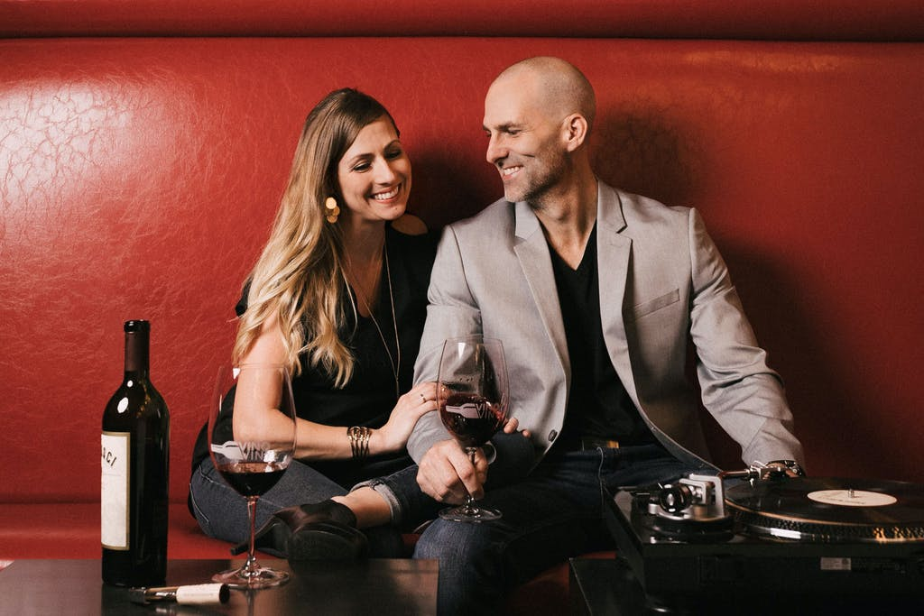 vino-vinyl-wine-sugar-land-tx-my-fort-bend