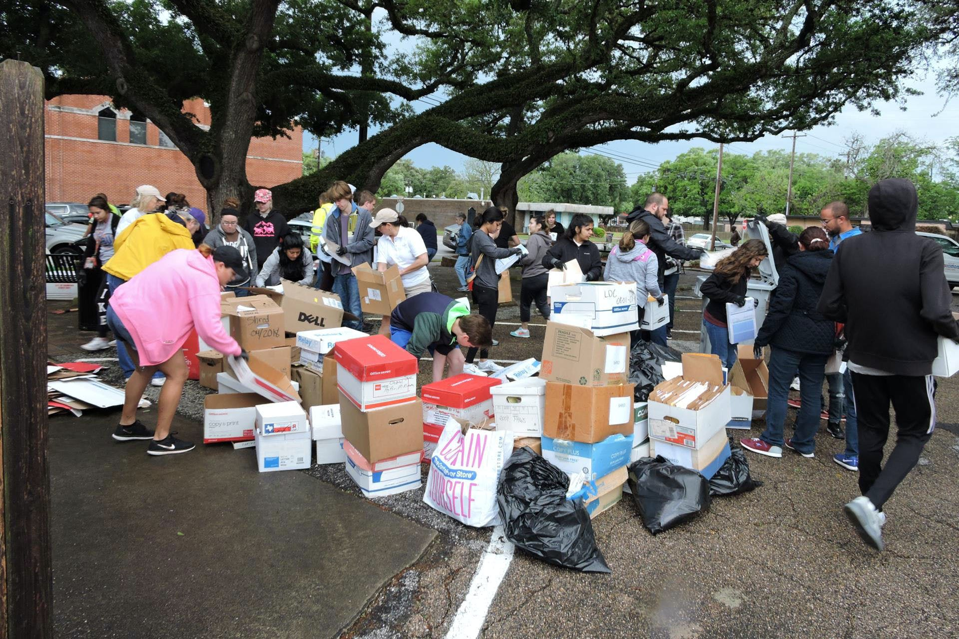 richmond-tx-spring-cleanup-trash-2018