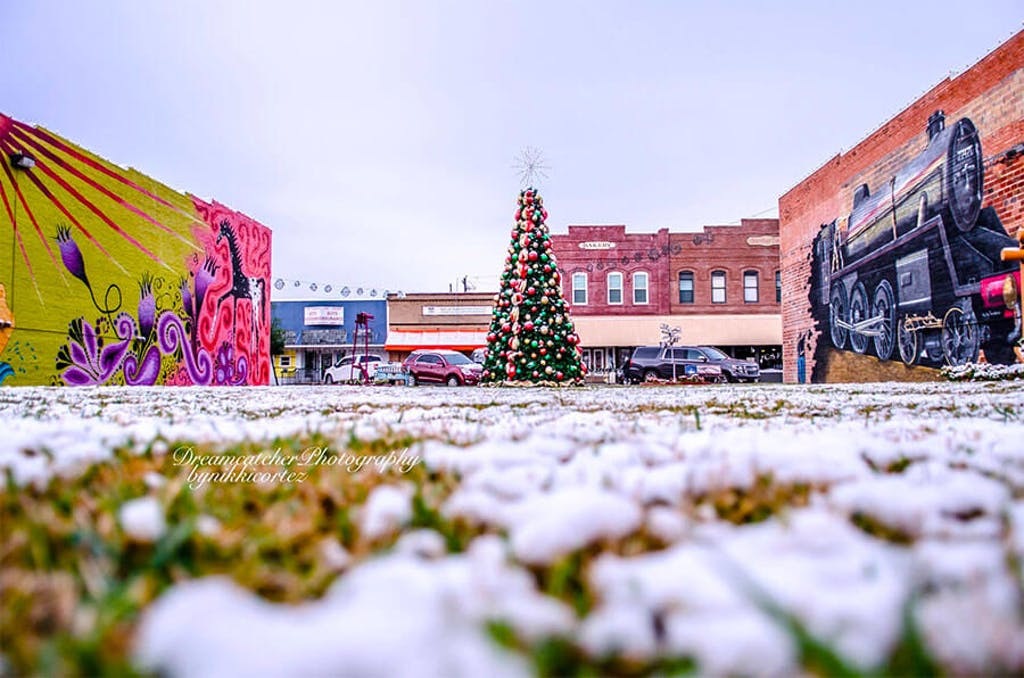 snow-day-rosenberg-tx-2017-downtown