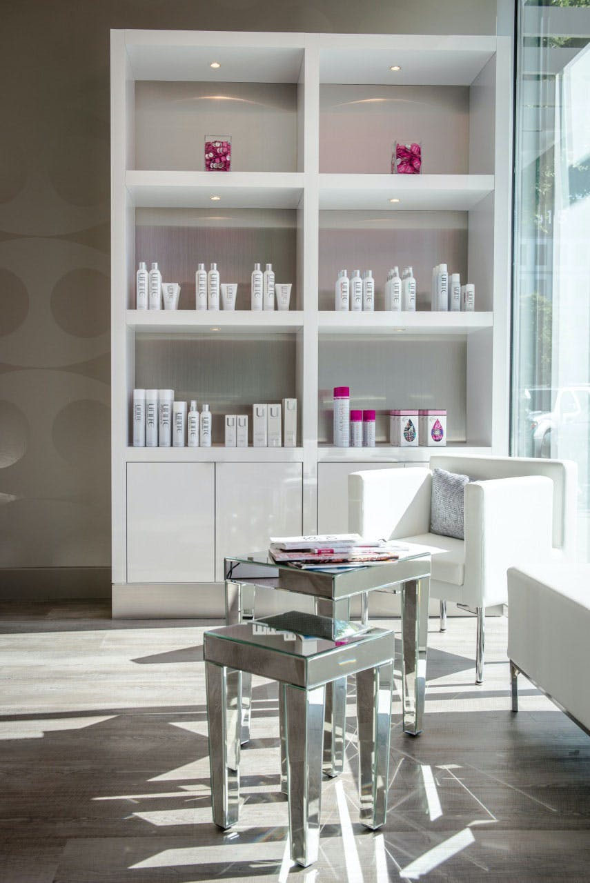 blo-blow-dry-bar-sugar-land-texas-3