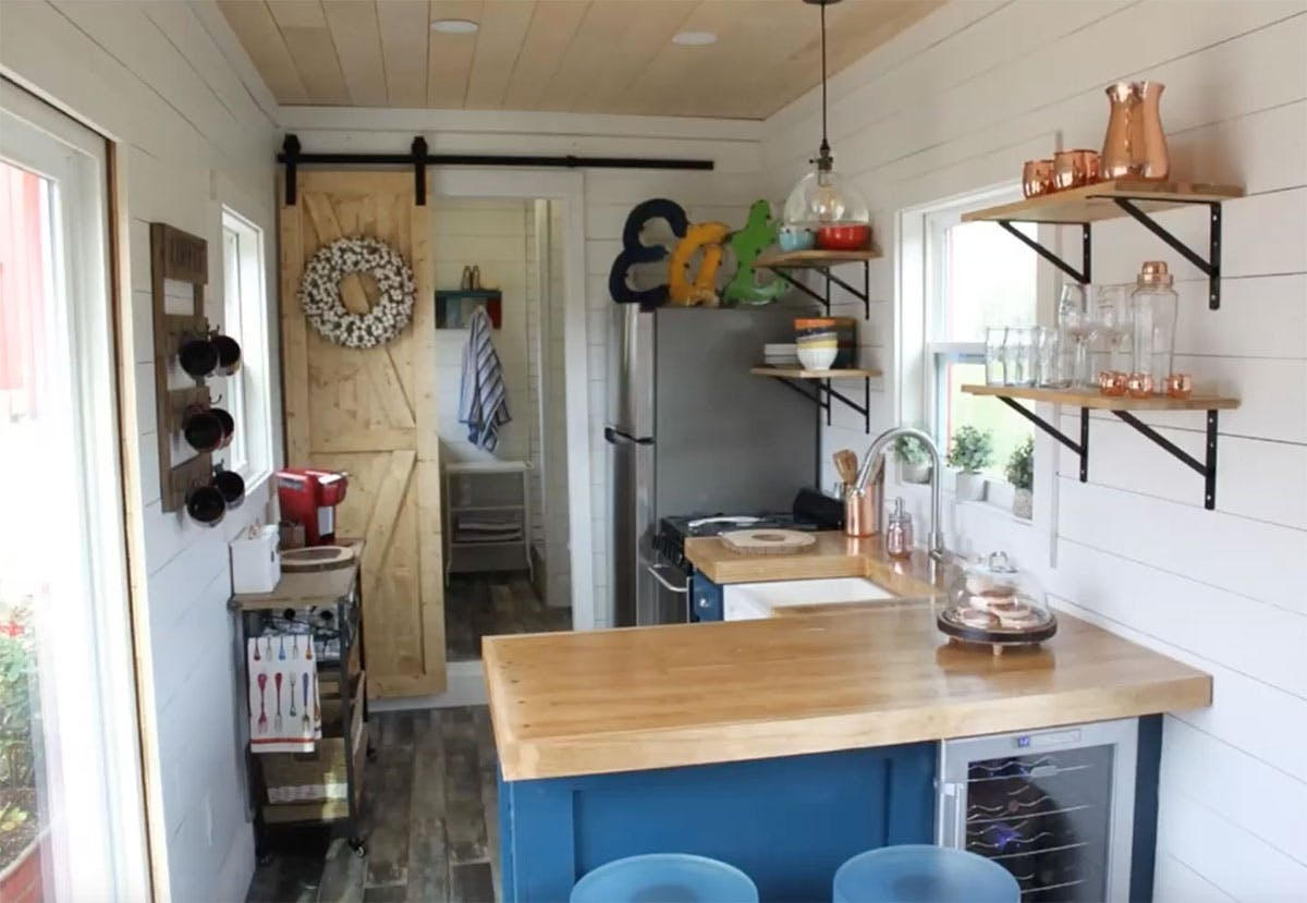 Tiny-House-Needville-Texas-Shipping-Container-Inside-3