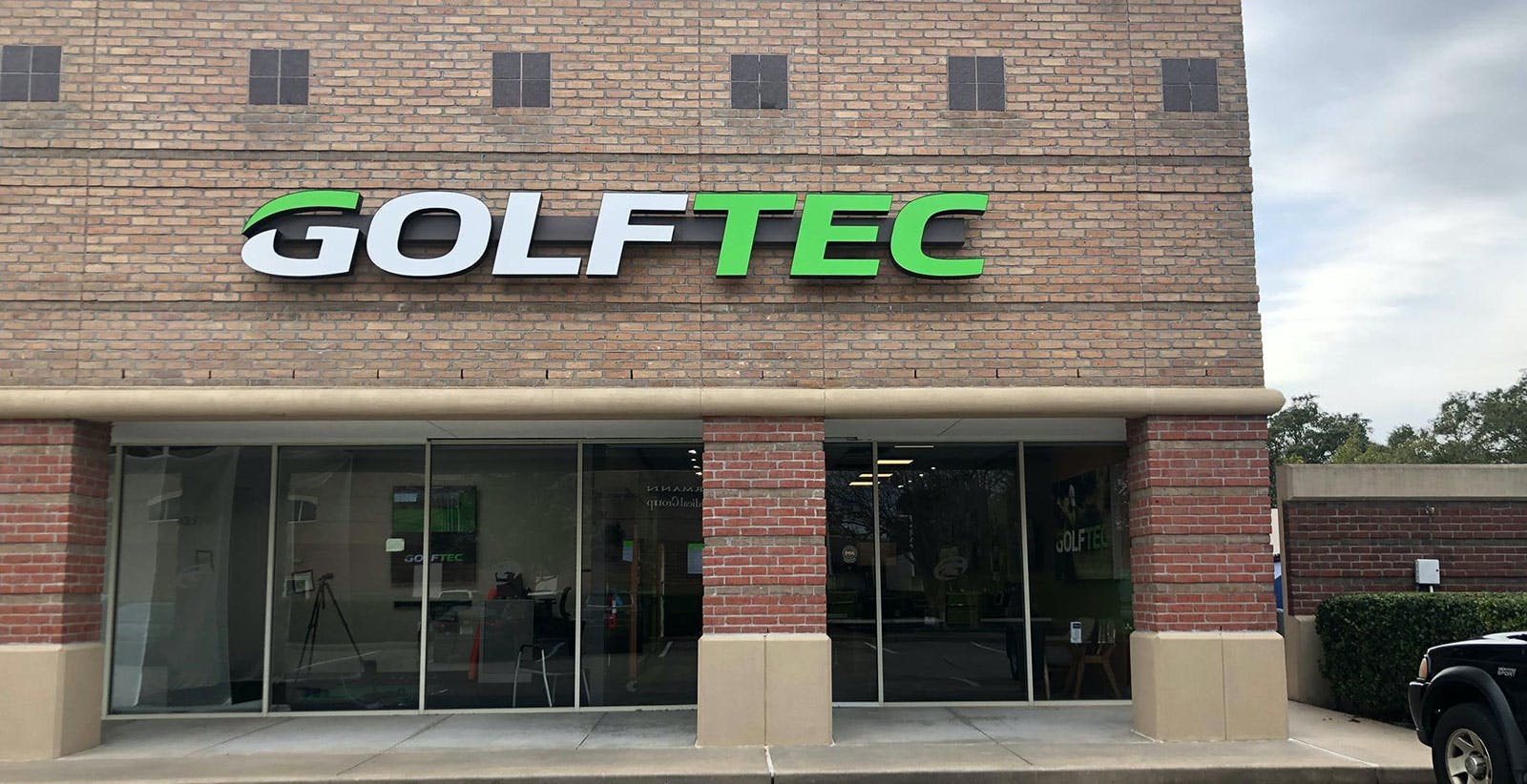 golftec-grand-opening